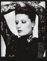 Florence-Welch-Vogue-Japan-October-4