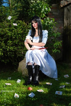 American_McGee__s_Alice_by_Voodica
