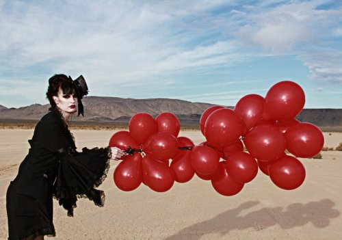 99_red_ballons_by_girlofgreys