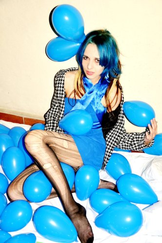 blue_balloon_by_themajestynextdoor