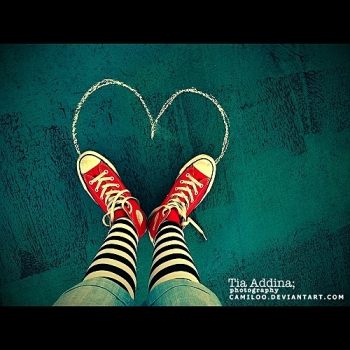 red hearts by Camiloo