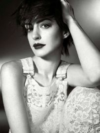 ANNE HATHAWAY – ELLE UK (NOVEMBER 2014) (4)