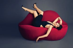 Anne Hathaway - Harper's Bazaar Magazine (November 2014) (8)