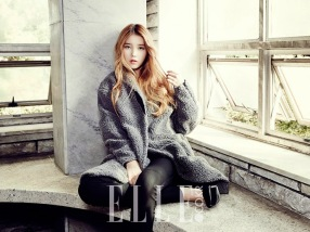 IU - Elle Magazine November Issue 2013 (7)
