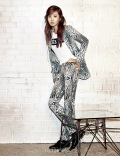 Yuri SNSD Harper's Bazaar March 2014 (10)