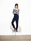 Yuri SNSD Harper's Bazaar March 2014 (11)