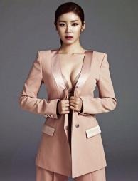 Hyosung SECRET - Esquire Magazine May Issue 2014 (2) (1)