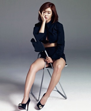 Hyosung SECRET - Esquire Magazine May Issue 2014 (2)