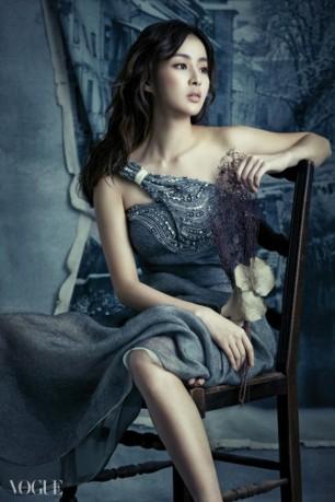 Kang Sora - Vogue Korea (Diciembre 2014) (7)